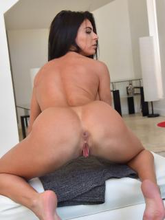 slut wife stripping